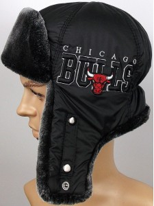 Зимняя шапка ушанка Chicago Bulls артикул USHCHBULLS001-BL